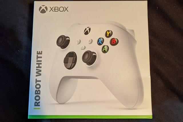 שמה של ה-Xbox Series S נחשף בטעות באריזה של בקר שליטה