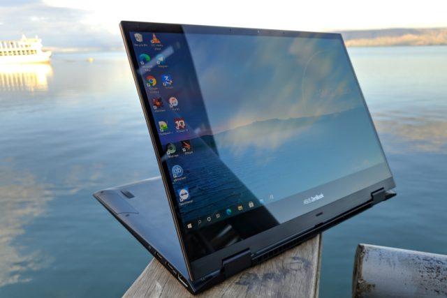גאדג'טי מסקר: Asus ZenBook Flip S – נייד פרימיום 2 ב-1 עם מסך OLED 4K איכותי במיוחד