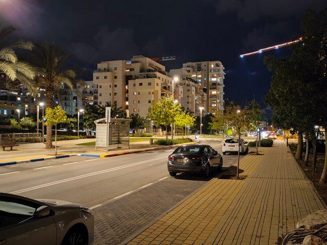 מצב לילה פעיל (צילום: רונן מנדזיצקי)