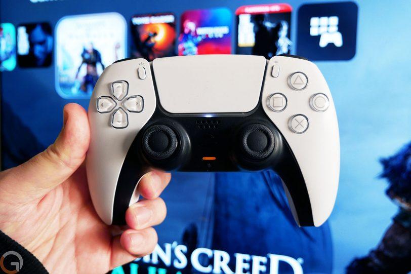 בקר משחק PS5 (צילום: רונן מנדזיצקי)