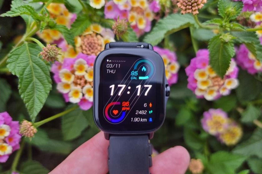 שעון Amazfit GTS 2e (צילום: יאן לנגרמן, גאדג'טי)