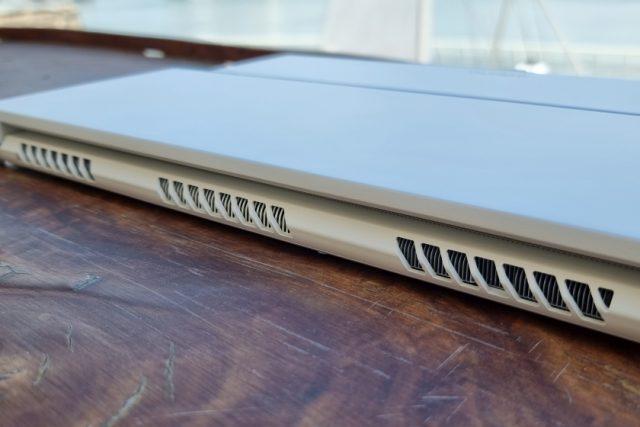 נייד ConceptD 3 Ezel - פתחי אוורר (צילום: יאן לנגרמן, גאדג'טי)