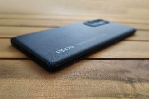 Oppo Reno5 Pro 5G (צילום: רונן מנדזיצקי)