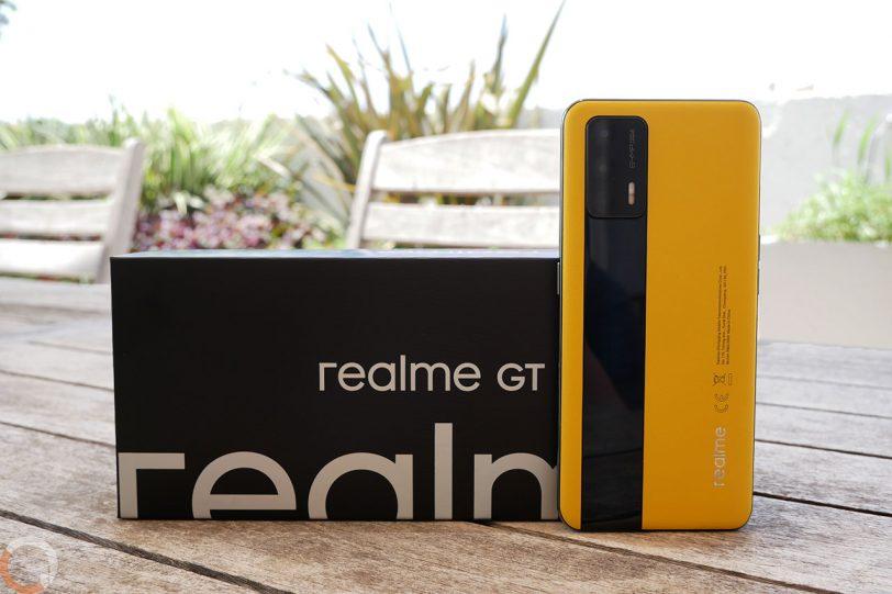 Realme GT 5G (צילום: רונן מנדזיצקי)