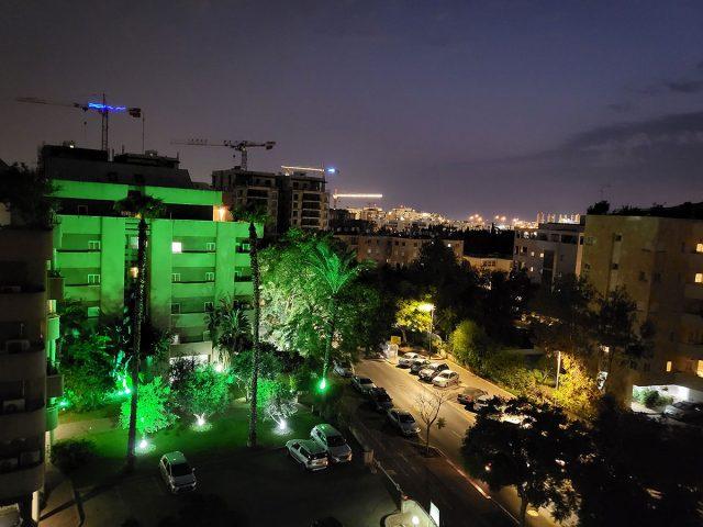 צילום לילה רגיל, Flip 3 (צילום: רונן מנדזיצקי)
