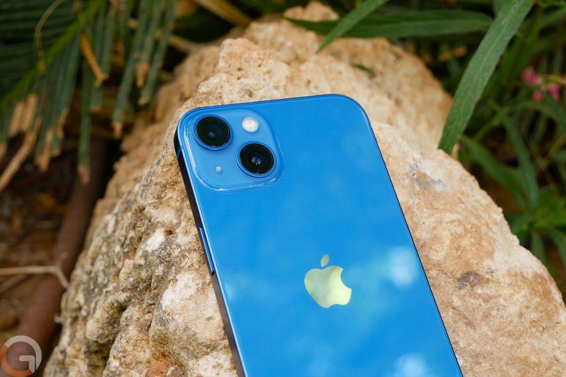 iPhone 13 (צילום: רונן מנדזיצקי)