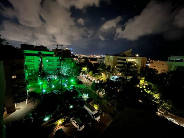 צילום עם מצב לילה זווית רחבה, אייפון 13 (צילום: רונן מנדזיצקי)