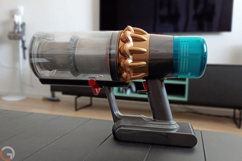 שואב אבק Dyson V15 (צילום: רונן מנדזיצקי)