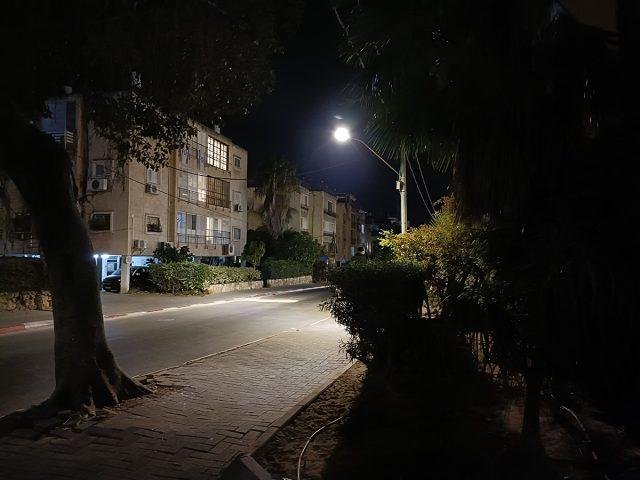 צילום לילה, Oppo Reno6 (צילום: רונן מנדזיצקי)