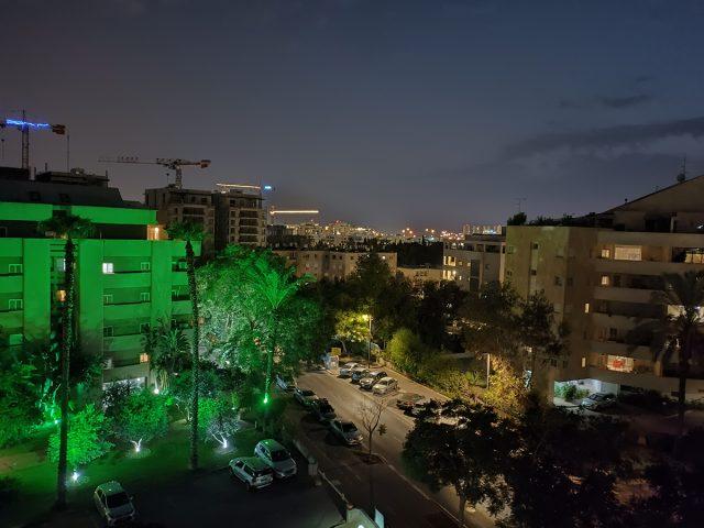 צילום במצב לילה יעודי, Oppo Reno6 (צילום: רונן מנדזיצקי)