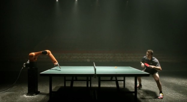 Table-Tennis-man-vs-machine