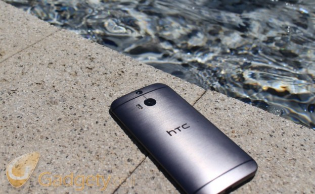 htc-one-m8-water